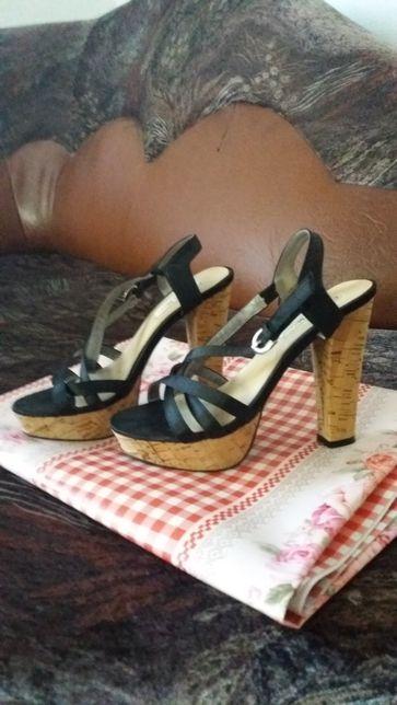 Sandale damă.