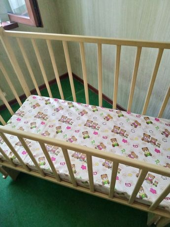 Кроватка для малышей