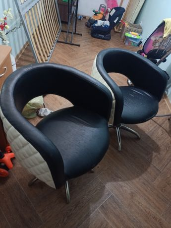 Кресла б/у продам