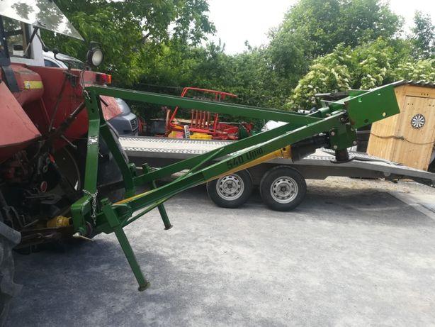 Burghiu de pamint dupa tractor