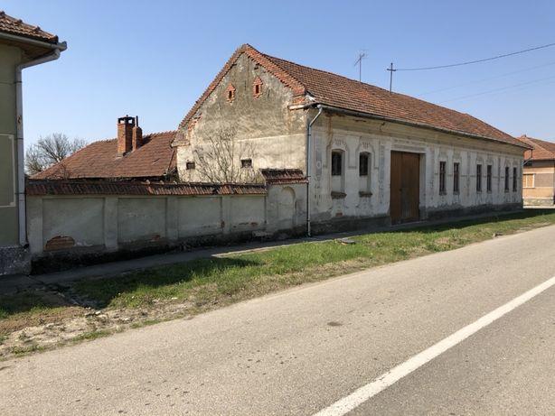 Casa sat Ciresu