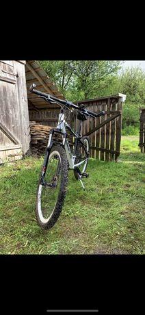 Bicicleta Impulse Challenge echipare Shimano