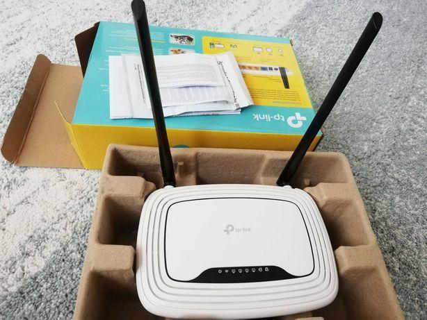 Router Wireless N 300 Mbps. Utilizat foarte puțin, este în garanție.