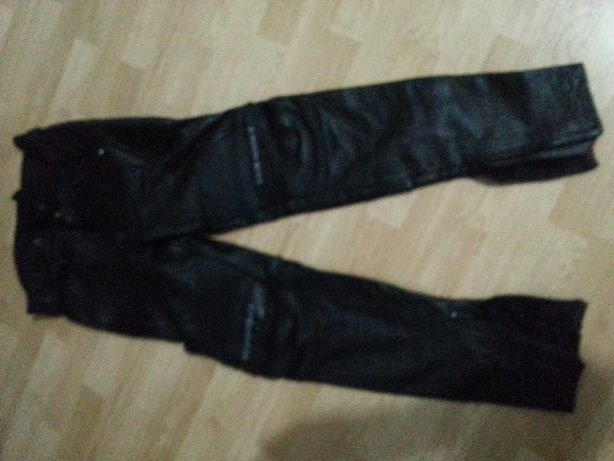Pantaloni motociclist piele cu protectie