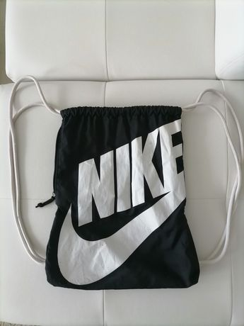 Vand rucsac Nike .produs de calitate import Germania.