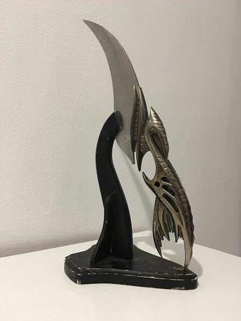 Декоративен нож