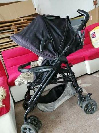 Vand cărucior pentru bebeluș