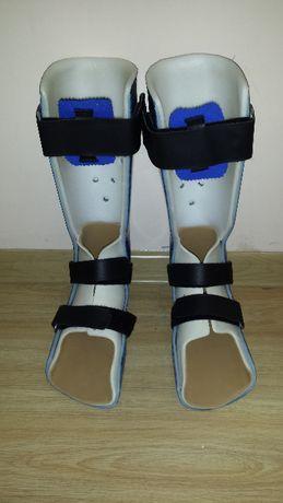 Ортеза, ортопедична шина за обездвижване счупен глезен ,скъсан ахилес.