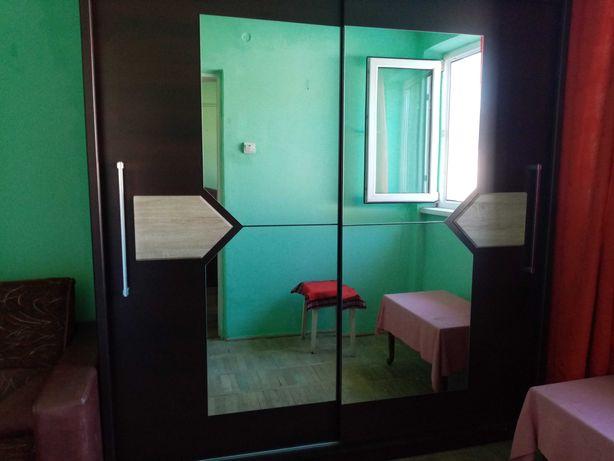 Vând apartament 2 camere în Petroșani