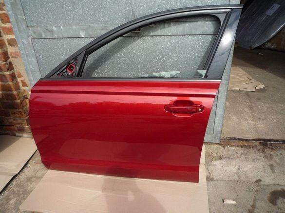 Продавам оригинална предна лява врата за Ауди А6 4G С7