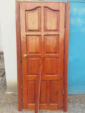 Агаш есик/ Двери