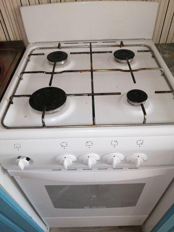 Газовая плита в отличном состоянии