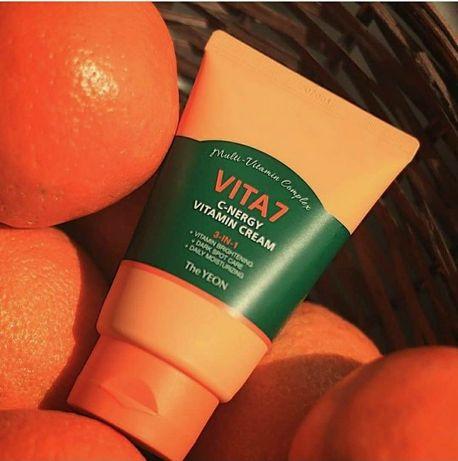The Yeon Отбеливающий витаминный увлажняющий крем от черных точек Vit