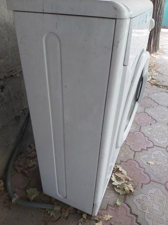 Стиральная машина Indezit