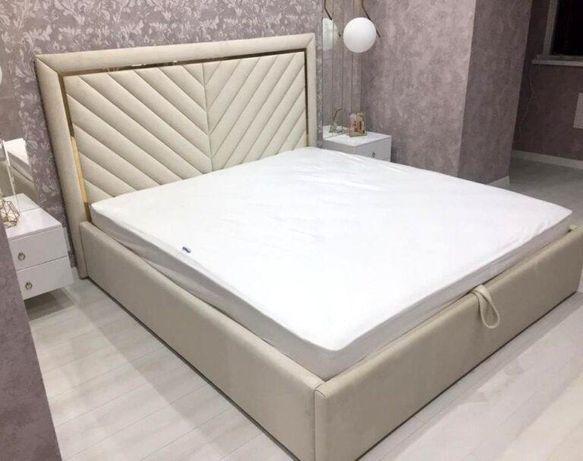Мягкая кроват наличи и на заказ.цвет на выбор.турецкая ткан с латуном
