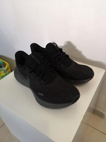 Adidași/Pantofi sport Nike
