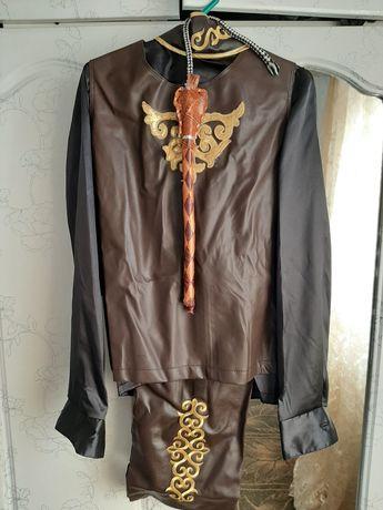 Продам детский казахский костюм