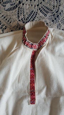 Автентични ризи и забрадки от народна носия