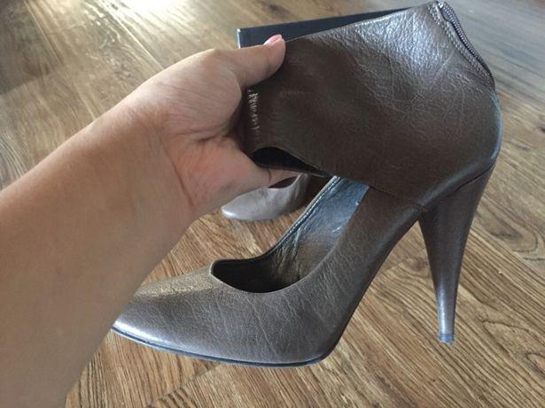 Зимние сапоги женские новые и туфли