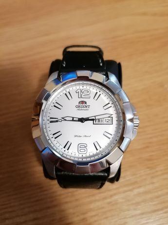 Orient standard automatic Fem7L007w9, automatic