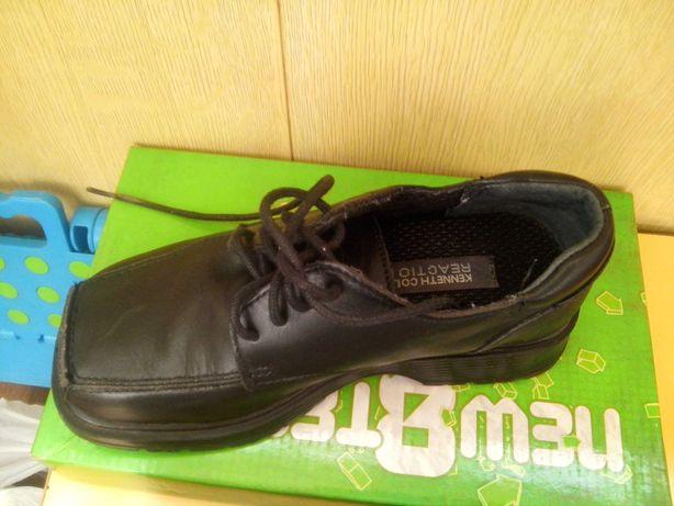 Туфли на мальчика кожаные из США, размер 13,5