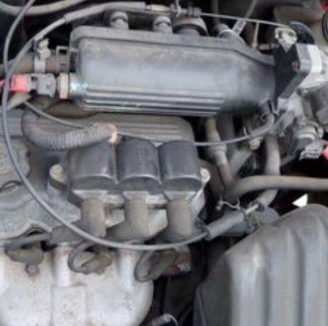Vând motor si cutie viteze Matiz