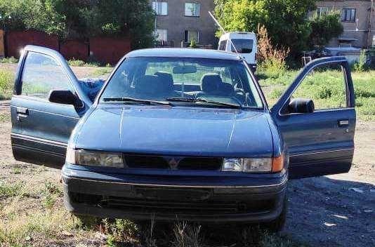 Mitsubishi Lancer 1992 года