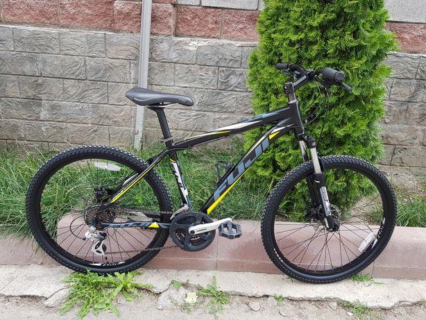 Велосипед FUJI .