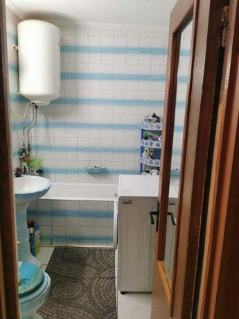 Apartament 2 camere, complet mobilat și utilat.