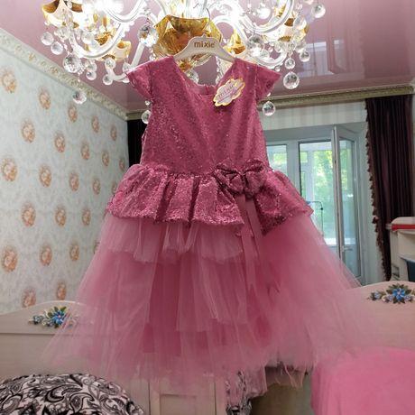 Продам красивое платье Турция