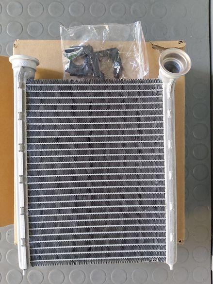 Радиатор парно Дачия Логан 2/Сандеро2