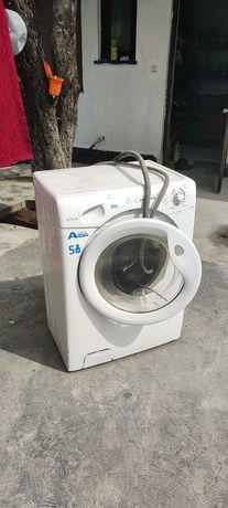 Продам  стиральную машину Машинка Стералка