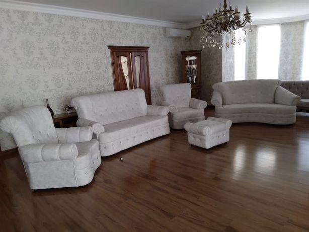 Диван 2 больших и два кресла