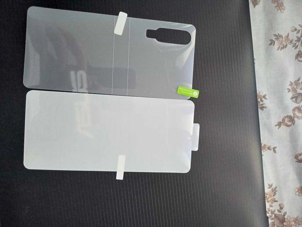 Vând Folie Fata Spate Silicon Huawei P30.