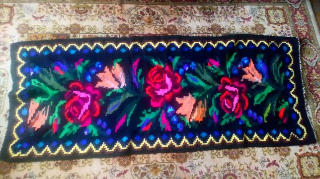 covor traditional din maramures