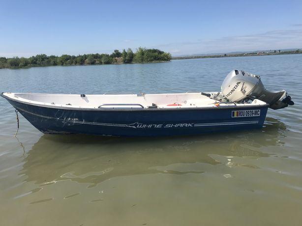 Barca Laguna 430