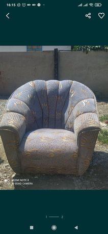 Кресло 2 шт в хорошем состоянии.8000тг