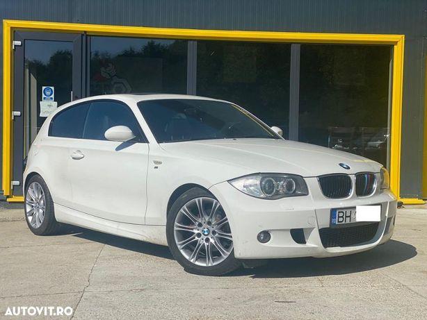 BMW Seria 1 Trapa / Bi Xenon / Navigatie / M Pack / Senzori