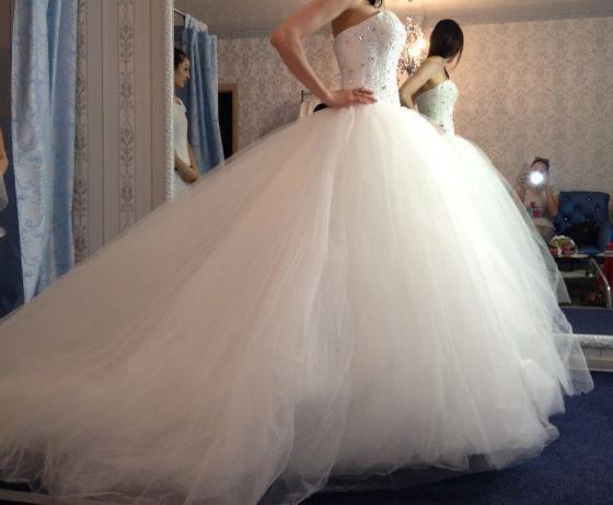 свадебное платье 40 тыс.