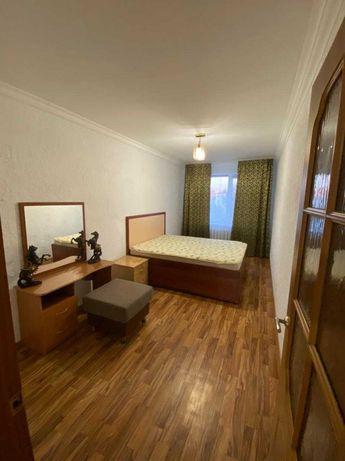 Сдам 2-комнатную квартиру в центре города на длительный срок