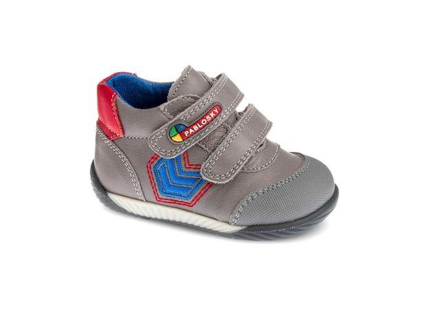 Продаются детские ботинки новые