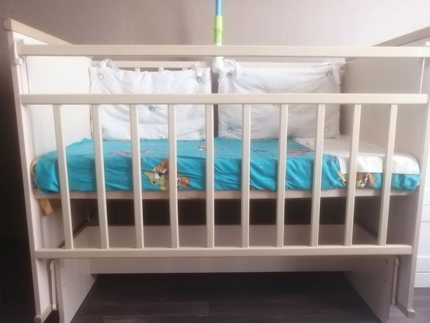 Детская кровать маятник 10 000т
