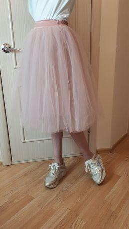 Продам шикарную юбку пачку цвет пудра