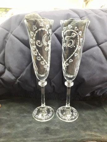 Дизайнерски ръчно гравирани сватбени чаши, плакети и огледала