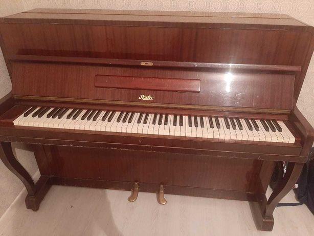 Пианино ROSLER в отличном состоянии