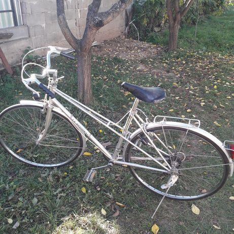 Vând bicicletă second hand