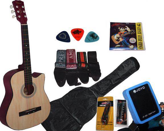 Гитара + струны + чехол + ремень + медиатор + каподастр + тюнер