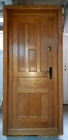 Ușă NOUA, lemn masiv, fag. Sat Leș.