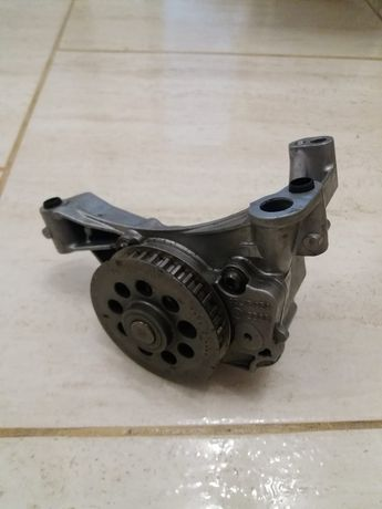 Pompă ulei VW Crafter 2.0