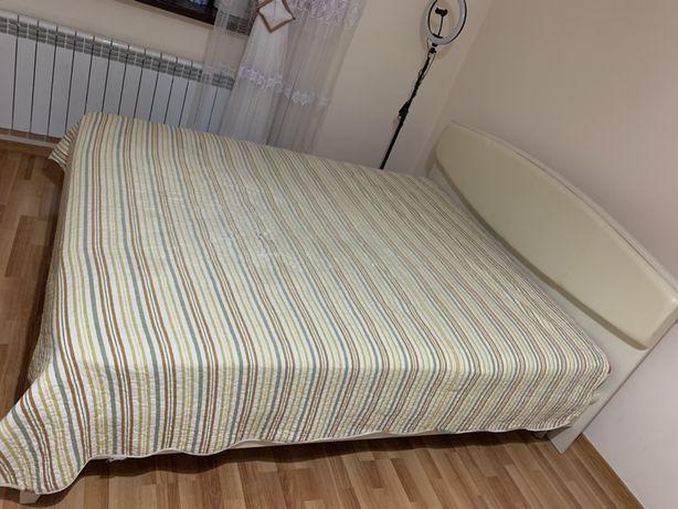 Продаем качественную кровать 1,5 размера